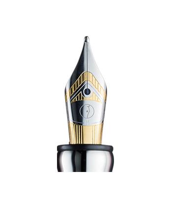 Otto Hutt Design 03, plume acier platiné bicolore.
